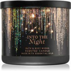 Bath & Body Works Into The Night  vonná sviečka 411 g